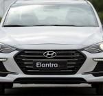 Mua xe Hyundai Elantra trả góp
