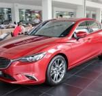 So sánh Mazda6 Deluxe và Mazda6 Luxury