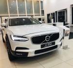 Mua xe Volvo V90 Cross Country trả góp