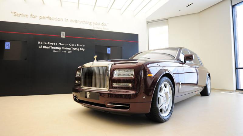 1409193360Rolls-Royce-Phantom-Oriental-Sun-5