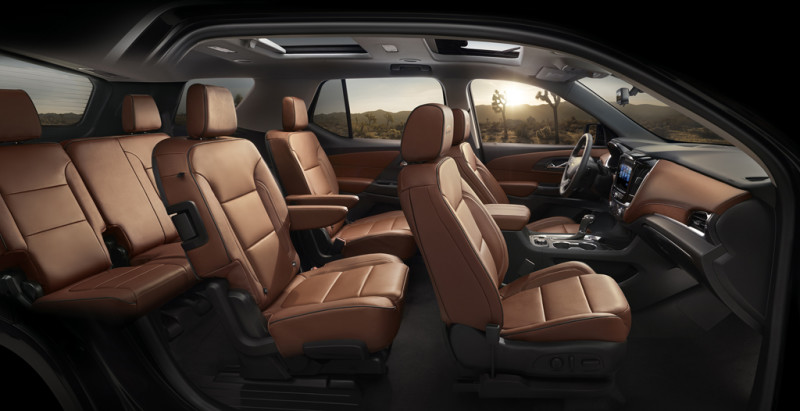 The 2018 Traverse's enhanced Smart Slide® seat allows the curbside seat to tip up and slide forward, even with a forward-facing child seat in place, providing open and easy access to the third row.  Third row legroom is expected to be the most spacious in the segment at 33.7 inches (856 mm).