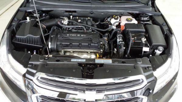 Chevrolet-Cruze-7-e1499597398677