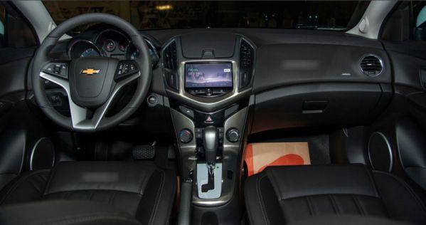 Chevrolet-Cruze-9-e1499597391516