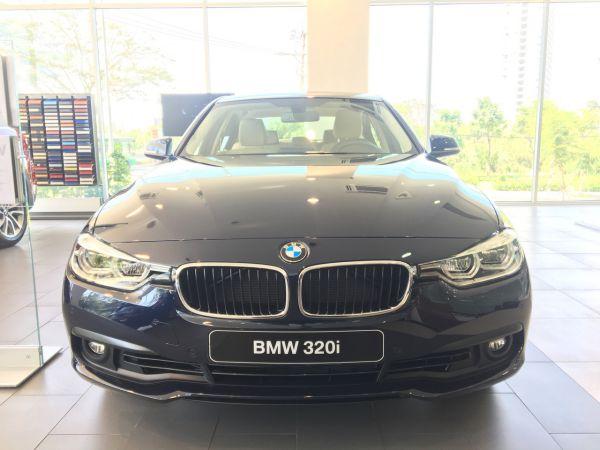 bmw 320i 1