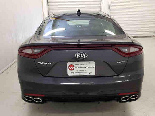 tìm hiểu xe Kia Stinger GT 2019