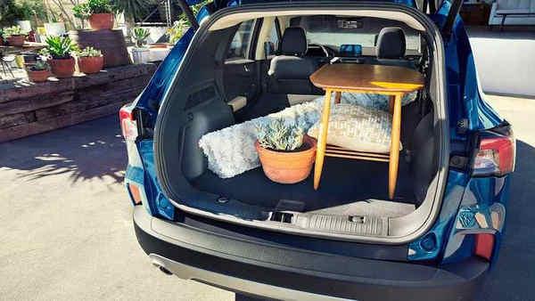 khám phá xe Ford Escape 2020