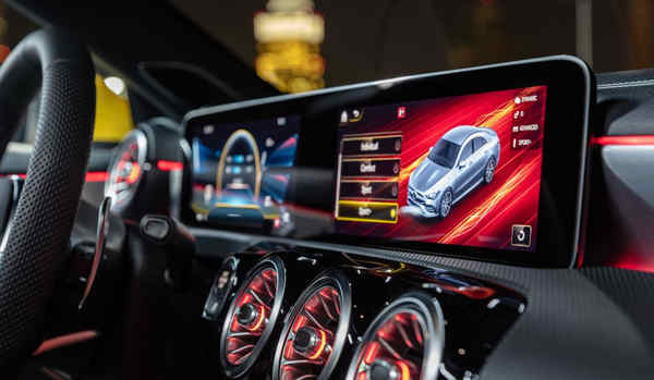 thông tin xe Mercedes-AMG CLA 35 4MATIC 2019
