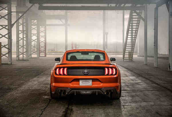 thông tin Ford Mustang 2.3 EcoBoost 2020