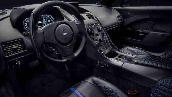 nội thất xe Sedan coupe điện Aston Martin RapidE
